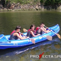 Campamento de náutica y multiaventura en Asturias