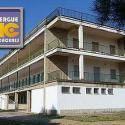 El albergue juvenil Ciudad de Cáceres se encuentra a 200 metros de la Plaza Mayor de Cáceres, en la Comunidad Autónoma de Extremadura.  Ofrece 70 plaz